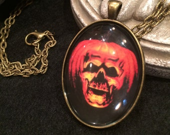 Vintage Horror Classic Halloween III Season of the Witch Jack O' Lantern Mask Bronze or Silver Pendant Necklace Horror Classic Evil Pumpkin