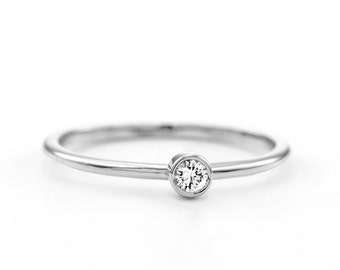 Certified Minimal Round Brilliant Diamond Ring ~ Minimalist Engagement Ring ~ Simple Diamond Ring