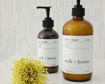 milk + honey Body Cream, Pink Grapefruit, Bergamot, Cardamom