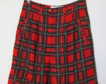 RED PLAID SHORTS