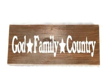 God Family Country - Custom Colors - Wooden Family Sign - Country Home Decor - Hand Painted Wood Signs - 4th Of July
