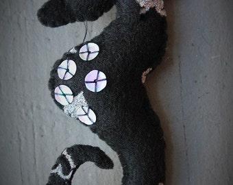 Seahorse ornament-Dark seahorse-Felt Heart Seahorse-Handmade felt ornament-Ocean life-Dark Valentine gift-Beach theme-Nautical ornament