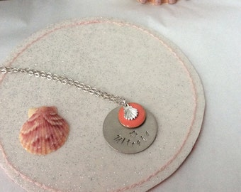 Necklace Ultreia and a scallop shell of st James Charm