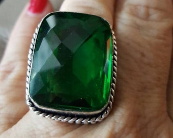 Green Quartz Ring- size 9.25!