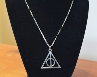 Harry Potter Rotating Deathly Hallows Necklace