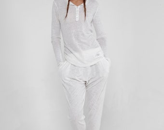 100% Jersey Linen Long Sleeve Henley Tee Shirt in White by Claudio Milano- Style 8118