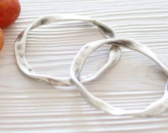 2pc Large antique silver ring, metal rings, metal connectors, silver rings, silver connectors, silver pendants, thick rings, necklace rings