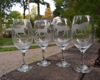 Horse Wine Glass, Horse Etched Wine Glass, Etched Wine Glass, Horse Gift, Equestrian Gift, Horse Wine Glasses, Horse Gifts, Etched Wine Gift