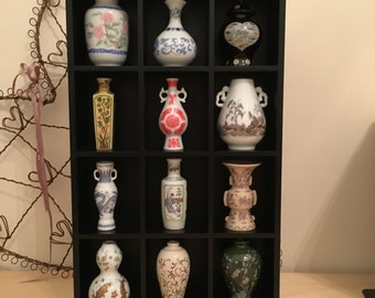 Imperial Dynasties. The Treasures of the Imperial Dynasties Miniature Vase Collection. Collectable