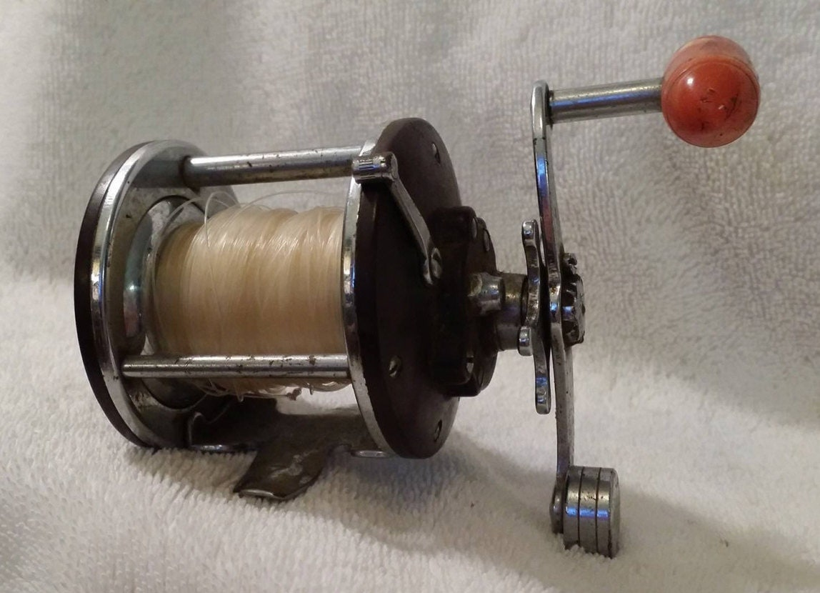 Fishing reel penn reel vintage penn peerless 9 30 109 penn for Vintage fishing reels for sale