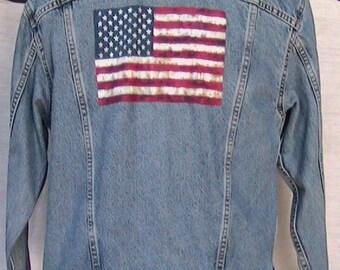 M/L LEVI STRAUSS & CO. Denim Jacket w American Flag