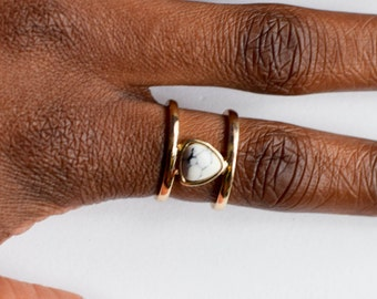 Gold Geometric stone ring