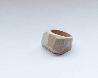 Chunk wooden ring