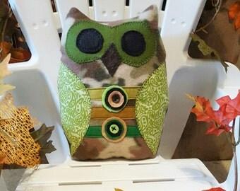 Camo owl pillow, stuffed animal owl, camo owl pet, child's travel pillow, child's gift, plush owl pillow, owl pillow pal, snuggle owl pet