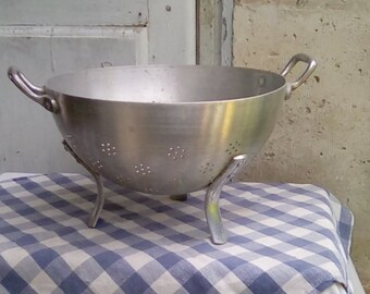 Vintage French colander, three legged kitchen strainer, sieve, passoir.