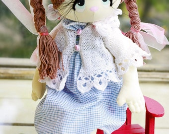 Textile doll Victoria (sitting height 19cm)
