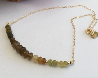 Green garnet necklace, Gold necklace, Gold filled necklace, Garnet hombre necklace , Green garnet, Green necklace, Green bead necklace