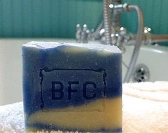 Blue Moon - Handcrafted Natural Artisanal Soap (Cold Process Soap, Natural Soap, Handcrafted Soap, Litsea Cubeba Lavender Soap)