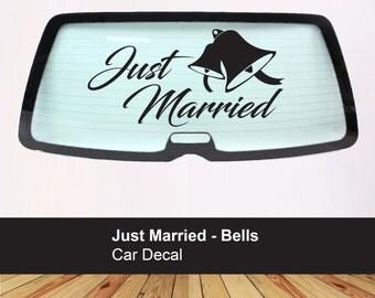 Just Married car window decal - Vinyl Decal Sticker - Bride Groom - Wedding day