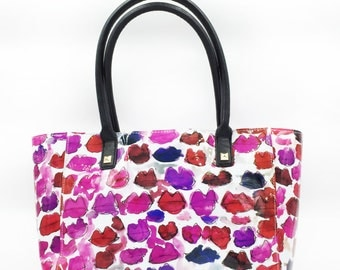 Messy Lips East West Tote
