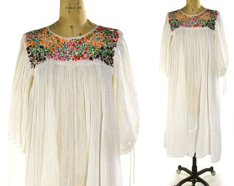 70s Embroidered Mexican Peasant Dress / Vintage 1970s Bohemian White Cotton Gauze Sundress / Hippie Dress / Bell Sleeves / Floral Embroidery