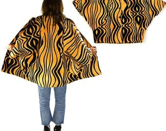 80s Modernist Cocoon Coat / Batwing Sleeve / Novelty Animal Tiger Print Convertible Architectural Jacket / Avant Garde Rocker / S M L