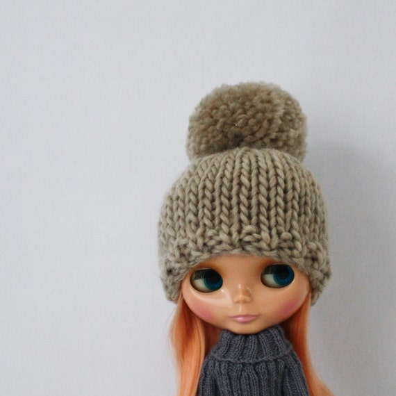 Knitting Patterns For Cute Hats : Bulky Bobble Hat for Blythe knitting PATTERN cute bulky knit