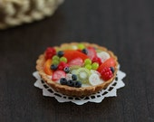 Fresh Fruit Tart - 1:12 Dollhouse Miniature Dessert
