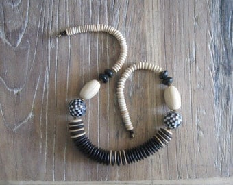 1980s Chunky Wood & MOP Black White and Tan Necklace