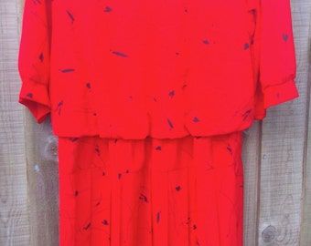 Vintage Size 20 Plus Size Red Black Print Dress 1980s 80s