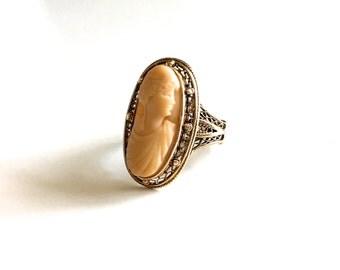 Lovely Rare Antique Victorian Lava Cameo Ornate 14K Gold Ring - Circa 1890s