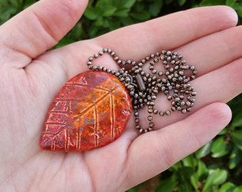Ceramic Leaf Pendant Necklace