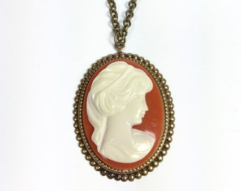 Cameo Necklace, Cornelian and Gold Necklace, Vintage Cameo Necklace