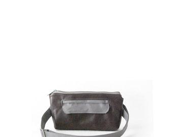 Ready to Ship, Fanny Pack, Leather Hip Bag, Hip Bag, Bum Bag, Waist Bag, Belt Bag, Boho Chic Style, Traveler in Graphite Gray Leather