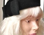 Carol   Vintage 1960s Black Velvet Velour MOD Pill Box Hat Rounded Shape with Large Bow McHenry's Made in Italy
