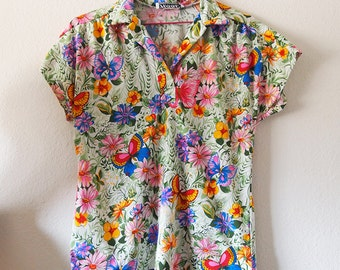 GARDEN // Vintage 1970s Floral Shirt Womens Medium Large Hippie Boho Cute Stretchy Top 70s Blouse Collared Shirt Festival Flowers Colorful
