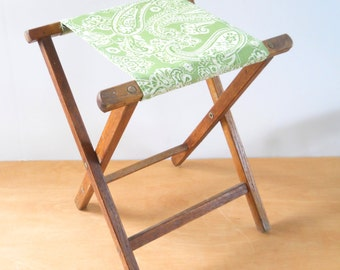 Vintage Camp Stool • Vintage Folding Camp Seat • Green Paisley Cotton Blend Canvas Stool • Vintage Camping