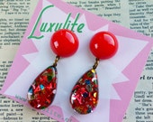 Confetti Carnival! Jumbo 1950's inspired dangly doorknocker Red Confetti lucite vintage style by Luxulite