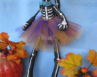 Mailed Cloth Doll Pattern  16in Halloween Skeleton Cat Doll