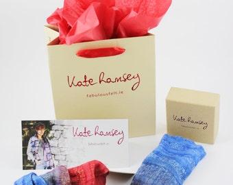 felted, felt, mittens, gloves,  wrist, warmers, wool, cuffs,  silk, torquoise and grey