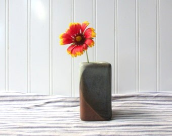 Vintage PIC USA  pottery vase or pencil holder mid century retro mod modern bo-ho minimal design 1970s