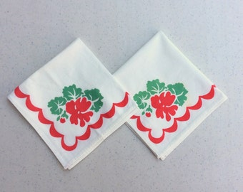 Vintage Napkins Pair of Red & Green Geraniums