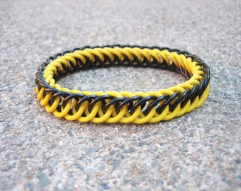Hufflepuff Black & Yellow Harry Potter Themed Stretchy Chainmaille Bracelet - Half-Persian 4-in-1 Weave