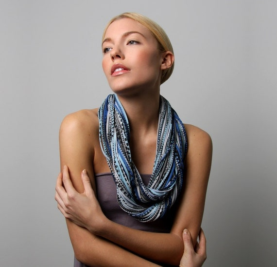 Infinity Scarf, Gift for Women, Girlfriend Gift, For Girlfriend, For Her, Gifts for Mom, Womens Gifts, Chunky Scarf, Blue Scarf, Womens