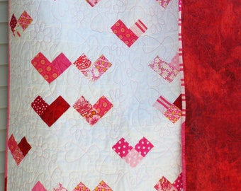 Happy Hearts Quilt - READY TO SHIP - Twin Coverlet - Large Lap Quilt - Nap Quilt - Throw