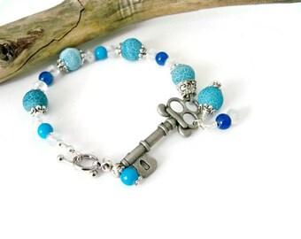Skeleton Key Bracelet, Antique Silver Bracelet, Glass Beaded Bracelet, Blue Bracelet, Gift for Her