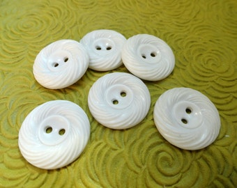 Summer White Vintage Buttons - 6 Swirled Plastic Two Hole Sew Through 3/4 inch 19mm for Jewelry Beads Sewing Knitting
