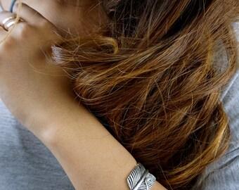 Feather Cuff Bracelet Bohemian Twisted Feather Bracelet Boho Wrap Bracelet Stackable Antiqued Silver Adjustable Bracelet Gifts for Her