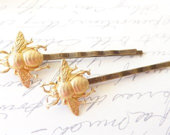 Golden Brass Bumble Bee Hair Pins - Bumble Bee Bobby Pins - Bumblebee - Woodland - Nature Wedding Hair - Insect - Fly - Moth - Bee