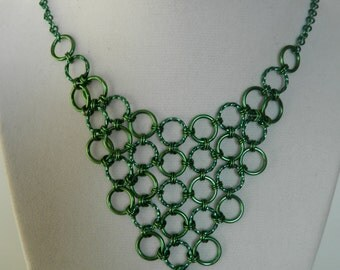 Japanese Lace Bib Necklace in Green